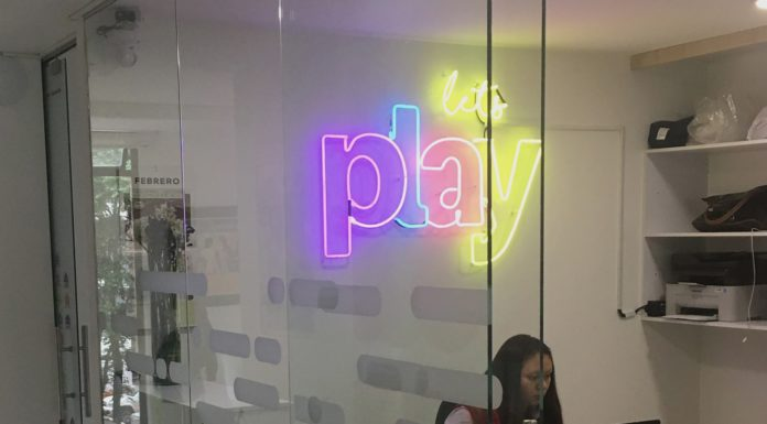 Play, una agencia independiente.